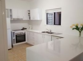 port_douglas_refurbished_apartments_02.JPG