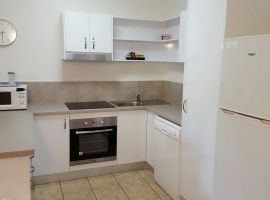 port_douglas_refurbished_apartments_07.JPG