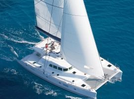 Low Isles Wedding - Sailaway Catamaran